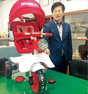 정병천 이디 대표가 안전 클러치 기술에 대해 설명하고 있다. 이민하 기자