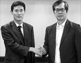 강석창 소망글로벌 대표(왼쪽)와 이수구 미네랄바이오 대표. 소망글로벌 제공