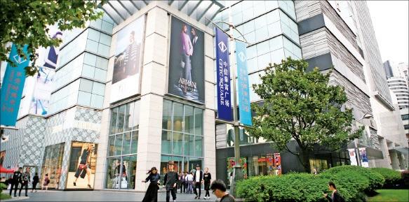 롯데백화점이 내년에 문을 열 예정인 중국 상하이 타이푸광장 쇼핑몰. 롯데백화점 제공