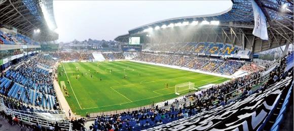 인천시 숭의동에 있는 인천유나이티드 홈구장.
