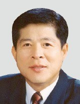 이채윤 리노공업 회장
