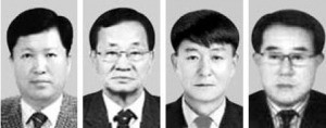 왼쪽부터 신재호 김포운수 대표, 이칠재 세원교통 대표, 박성준 국보운수 대표, 주관선 은성자동차정비 대표.