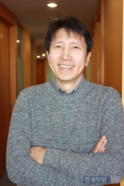 서울시 강남구 삼성동 아셈타워에서 만난 이은철 트레저데이터 한국지사장. 그는 덤덤하면서도 자신있게 국가대표 사격선수시절부터 지금까지 삶에 대해 들려줬다.