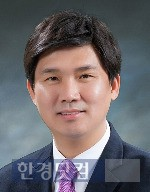 한국산업경영시스템학회장에 선출된 백동현 한양대 교수.