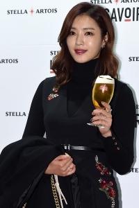 정인영, '맥주 한 잔 하실래요~'