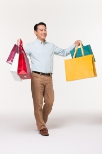 '옷이 안 팔린다' 의류株에 찾아온 한파