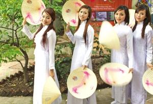 [2016 베트남 리포트] 인구 절반 30대 미만…대졸 신입사원 월급 300달러 수준