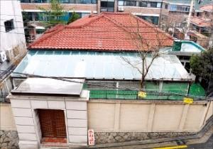 서울 신당동에 있는 '박정희 가옥'. 하루 300명 넘던 방문객이 최근 들어 급감했다. 한경DB