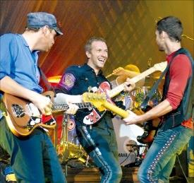 내년 4월 현대카드 주최로 내한공연을 하는 영국 록밴드 콜드플레이.