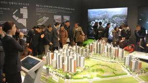 서울 '맞장' 분양…현대산업개발·GS건설 '웃고' 대우건설 '울고'