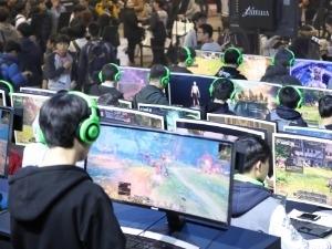 [한경 미디어 뉴스룸-한경BUSINESS] 국내 게임시장 11조3000억으로 '레벨업'…작년보다 5.6%↑