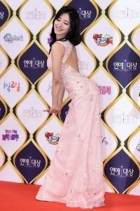 [HEI포토] 이세영, '섹시미 물씬 넘치는 포즈~' (KBS 연예대상)