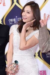 손태영, '아름다운 미모에 시선강탈~' (KBS 연예대상)