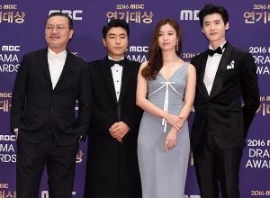 김의성-이시언-한효주-이종석, '만화에서 나온 'W' 주인공들' (MBC 연기대상)