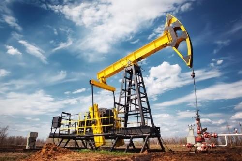 30일(현지시간) 국제유가는 산유국의 감산 합의에 따라 급등했다. 뉴욕상업거래소(NYMEX)에서 미국 서부텍사스산 원유(WTI) 내년 1월 인도분은 전날보다 4.21달러(9.3%) 뛴 배럴당 49.44달러에 거래를 마쳤다. 사진=게티이미지뱅크