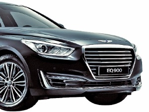 '박수 갈채' 받는 제네시스 EQ900 한국·미국서 모두 '올해의 차' 석권할까