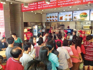 '젊음의 땅' 동남아로 간 외식·식품업계