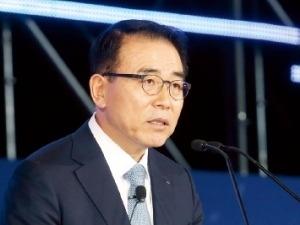 신한 이어 KB금융도 '순익 2조 클럽' 올랐다