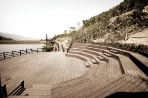 인기 끄는 합성목재…LG하우시스 제품 다변화로 승부