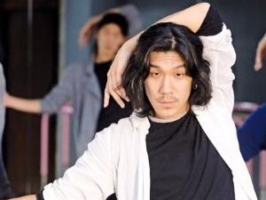 국내 최초 남성무용단 '모던테이블' 이끄는 안무가 김재덕 씨