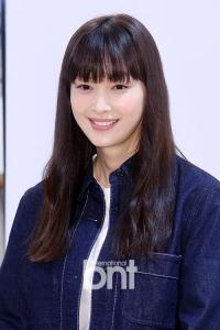 이나영 '아직도 소녀같은 미모'