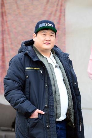 """'꽃놀이패' 측 """"김준현, 무인도 '생존 먹부림'...고정 멤버급 존재감 발산"""""""