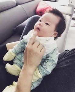 김원준, 붕어빵 딸 공개…#딸바보 #육아대디