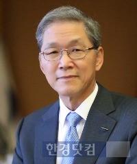 16일 THE 아시아대학총장회의에서 기조연설하는 김도연 총장.