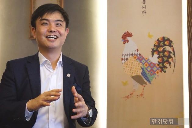 불난식당, 계화기식당 프랜차이즈 브랜드 화력발전소의 김영재 대표가 창업시 주의사항에 대해 설명하고 있다.