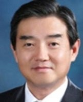 김윤 한일산업기술협력재단 이사장