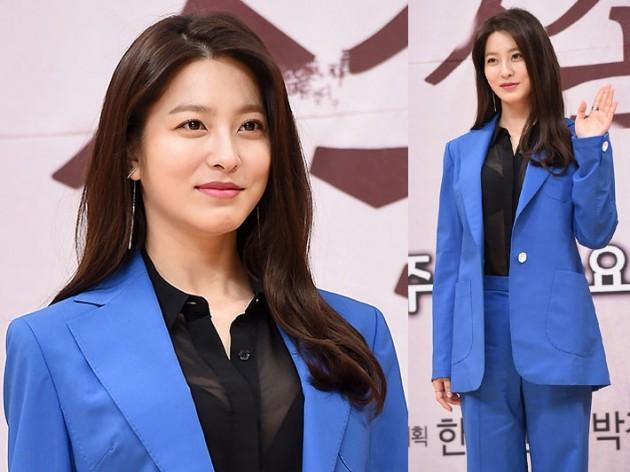 박세영, 자켓 속 보니…'너무 과감해'