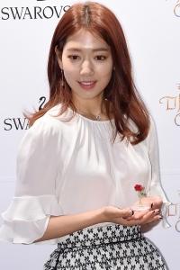 [HEI포토] 박신혜, '꽃보다 아름다운 미모'