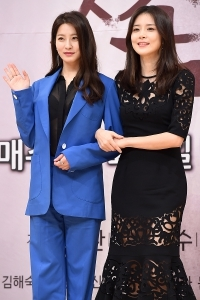 [HEI포토] 박세영-이보영, '아름다운 두 미녀~'