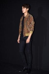 박형식, '모델 뺨치는 신체 비율'