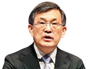 """권오현 부회장 """"삼성전자 지주사 전환 지금은 어렵다""""…주총서 밝혀"""