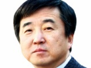 '투자 현인' 김봉수 교수, '생활 속 투자신호' 읽어 10년 만에 4억→500억