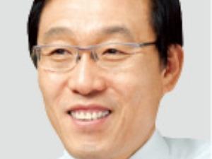 '반도체 거장' 반열 오른 김기남…인텔 창업자 무어와 나란히
