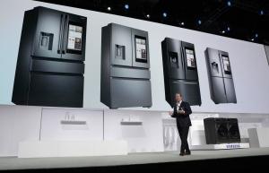 삼성전자, IoT 냉장고 '패밀리허브' 2017년형 국내 공개