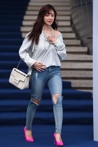 [HEI포토] 전효성, '청바지에 셔츠를 입어도 아름다워~' (2017 F/W 서울패션위크)