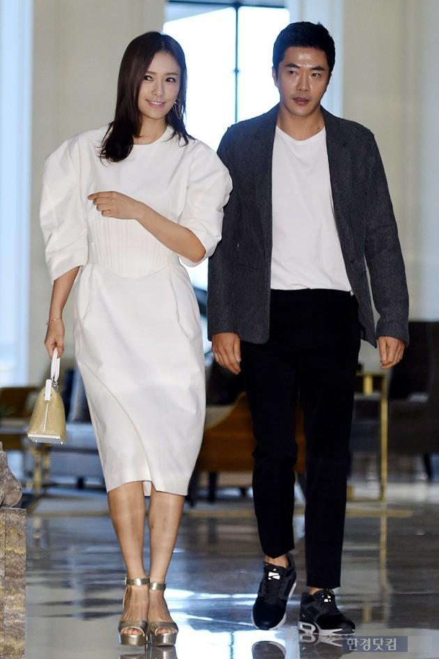 손태영-권상우, '멀리서도 눈에 띄는 미스코리아&몸짱 커플'