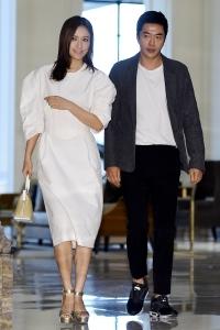 손태영-권상우, '멀리서도 눈에 띄는 부부'