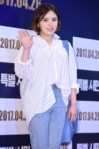 [HEI포토] 김민영, '영화 재밌게 볼게요~'
