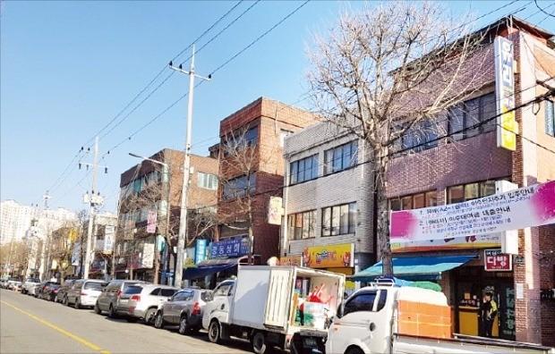 원주민들이 이주하고 있는 경기 성남시 분당구 중1구역의 낡은 주택가. 김형규 기자
