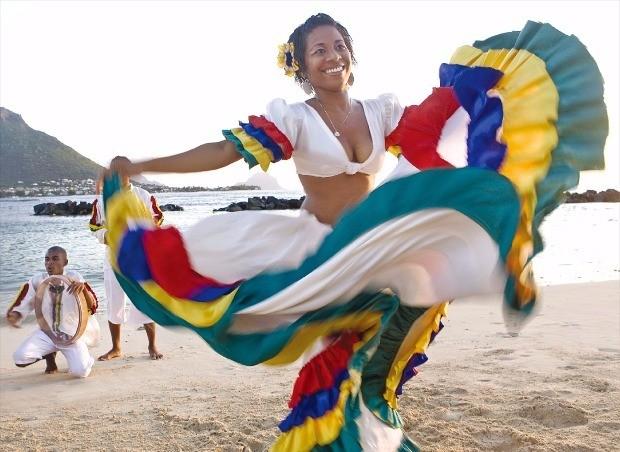 크레올 전통 춤 세가. 모리셔스관광청 제공