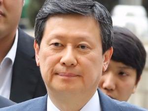 롯데그룹, 경영권 분쟁 재점화…신동주 이사 복귀 시도