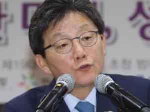 """유승민 """"여성정책은 민주주의 척도""""…성평등 내걸고 여심 잡기"""