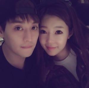 일라이 아내 지연수, '사랑 가득' 부부 사진 공개