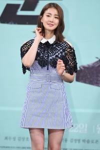 이시영, '눈길 사로잡는 청순 미모~'
