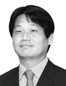 [취재수첩] 유일호 부총리의 마지막 숙제