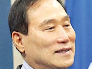 줄·푸·세 설계한 '박근혜의 경제교사' 출신…J노믹스 균형추 역할로